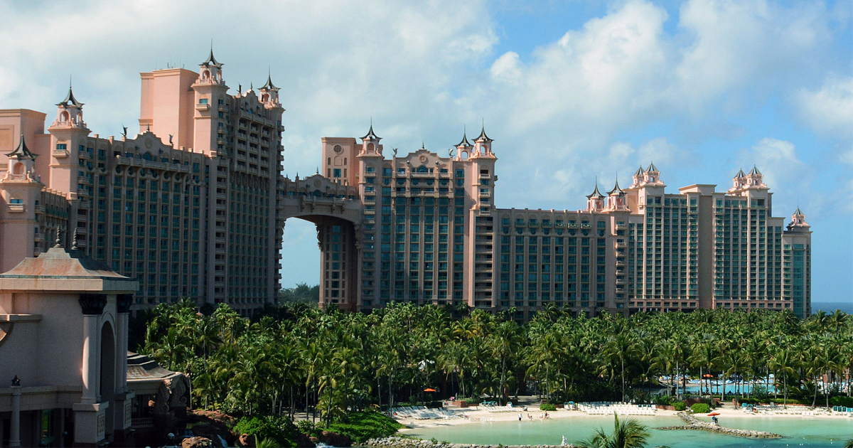 Free stay at Atlantis in the Bahamas for Caesars Rewards members